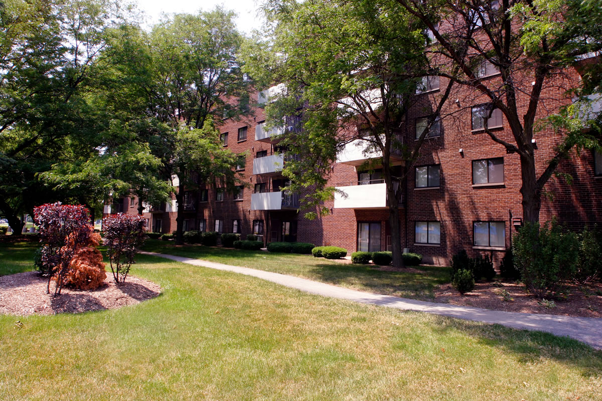 Thornwood Apartments In Glenwood Il