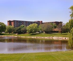 Cinnamon Lake Towers Lake